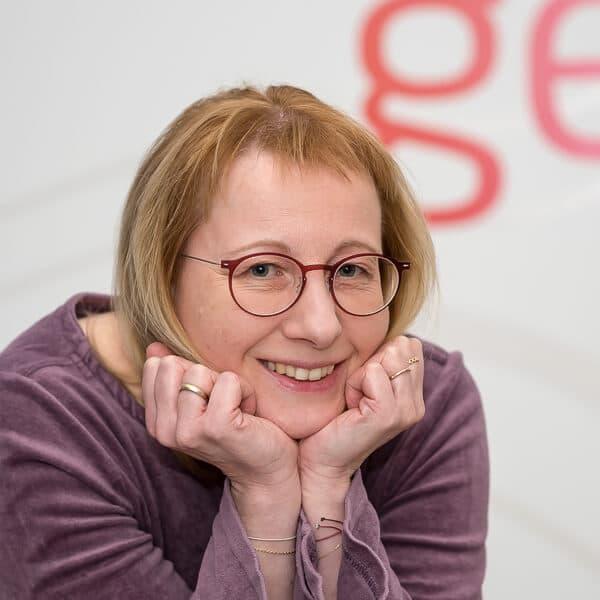 Monika van Hasz, Sekretariat bei VRM Corporate Solutions