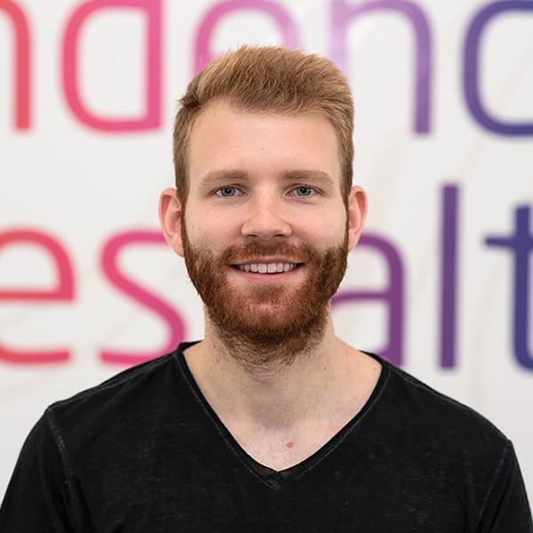 Niklas Remark, Web-Analyst bei VRM Corporate Solutions